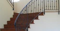 Kovácsoltvas lépcső